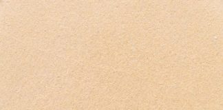 Jaki piasek najlepiej wybrać do piaskowania