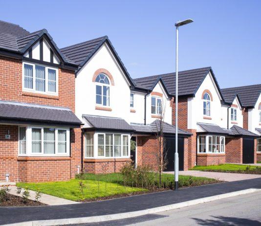 Mieszkanie w domu szeregowym – alternatywa dla mieszkań w bloku