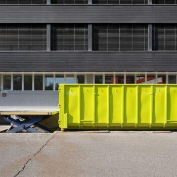 Solidny i tani kontener na gruz Warszawa